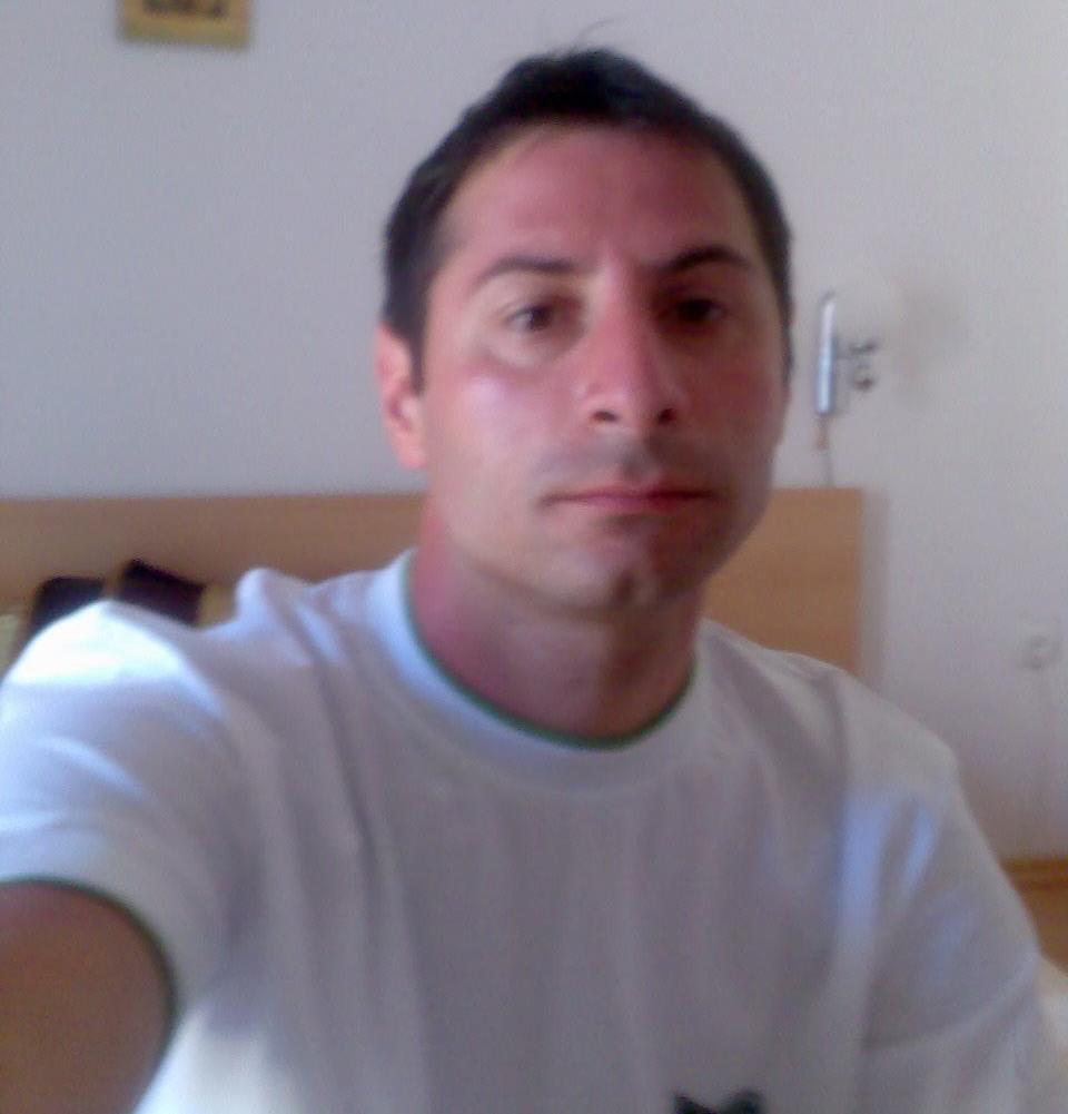 http://dating.rs/slike/1115/002.jpg