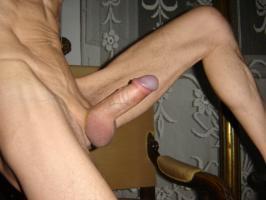 https://dating.rs/slike/916/thumb-200x200-001.jpg
